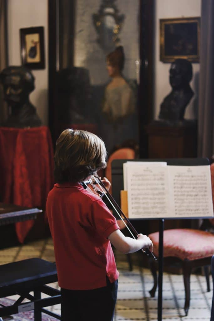 clases violin escuela musica